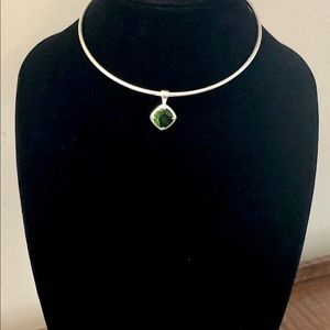 Jewelry - 5/$25 Silver Round Shape Choker/Collar/Necklace